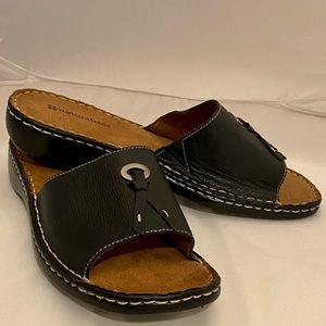 Naturalizer Callman leather slip on sandal